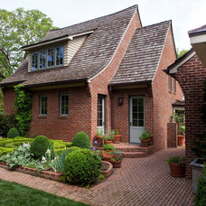 Traditional Exterior by Jim Schmid Photography