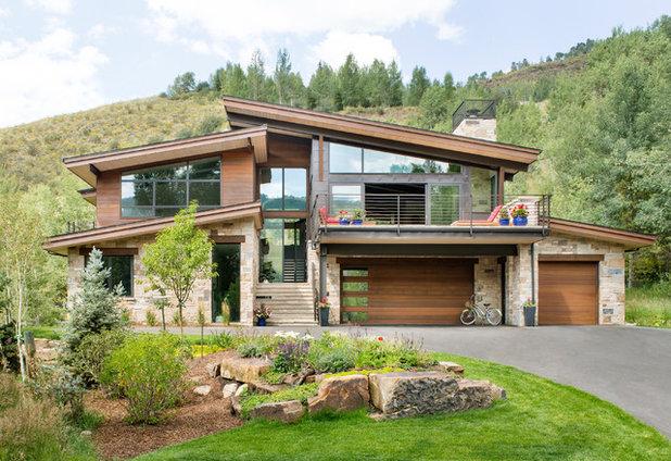 Rustic Exterior by Krueger Architecture & Design