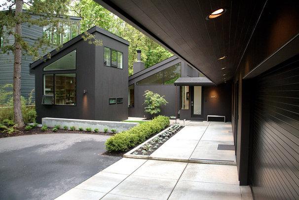 Modern Exterior by Giulietti Schouten Architects