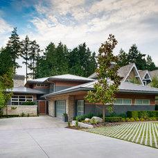 Contemporary Exterior by Rockridge Fine Homes