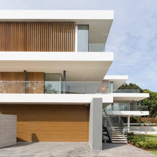 Modern Exterior by Horizon Habitats