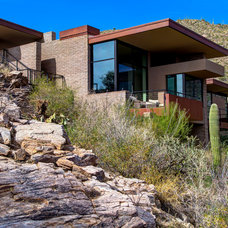 Modern Exterior by Kevin B Howard Architects, AIA
