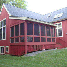 Farmhouse Exterior Vermont Cottage