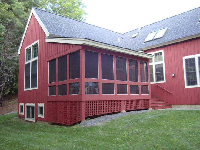 Farmhouse Exterior Vermont Cottage