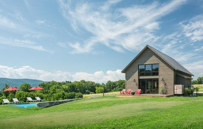 Houzz Tour: Modern Barn Home for a Simpler Life in Vermont