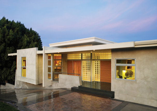 Modern Exterior by HartmanBaldwin Design/Build