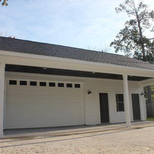 ヒューストンのトランジショナルスタイルのおしゃれな家の外観 (コンクリート繊維板サイディング、アパート・マンション) の写真