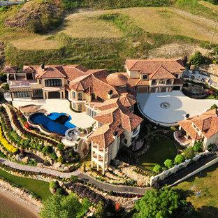 Villa Vista Le Lago Estate