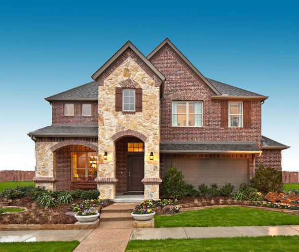 Traditional Exterior by K. Hovnanian Homes