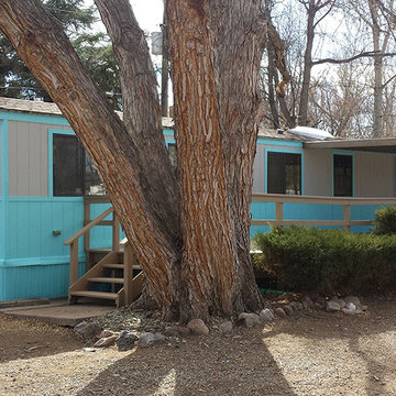 Vintage Mobile Home #1 - Exterior