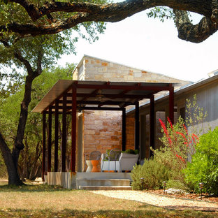 Photo of an industrial exterior in Austin with metal siding.
