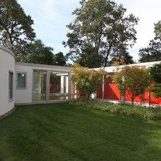 Modern Exterior by SchappacherWhite Architecture D.P.C.