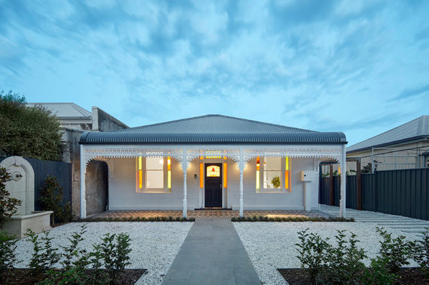 Traditional Exterior by Melbourne Design Studios (MDS)