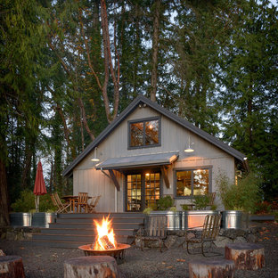 Cottage chic exterior home photo in Seattle