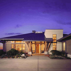 Transitional Exterior by Robert Reed Architect
