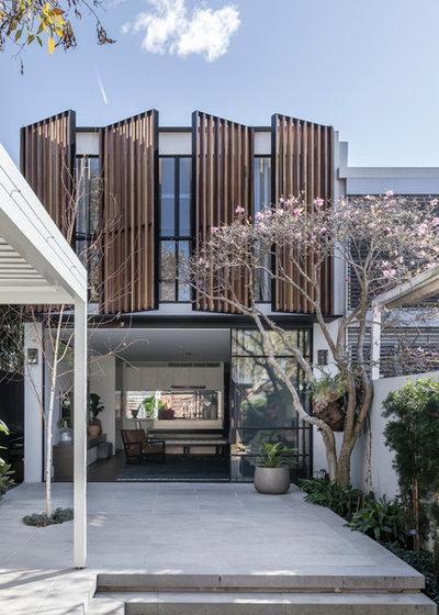 Contemporary Exterior by Alexandra Kidd Design