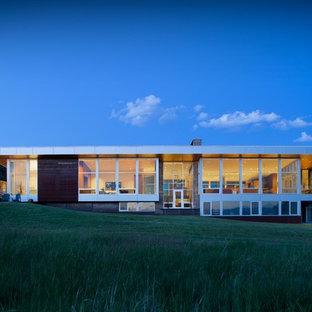 Southwestern exterior home idea in Calgary