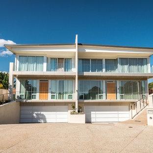 Design ideas for a contemporary exterior in Adelaide.