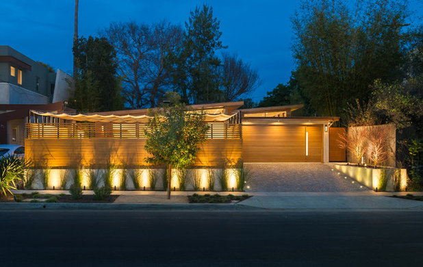 Contemporary Exterior by Kurt Krueger Architects