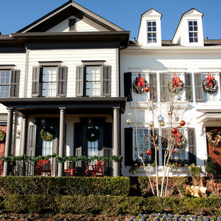 Elegant two-story exterior home photo in Nashville