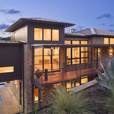 Exterior by LaRue Architects