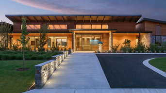 Westwind Residence - Entry Walk