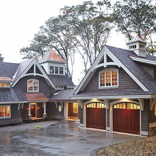 Craftsman Exterior by Zahn Builders Inc.