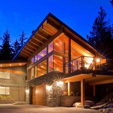 Modern Exterior by Wexler Architecture