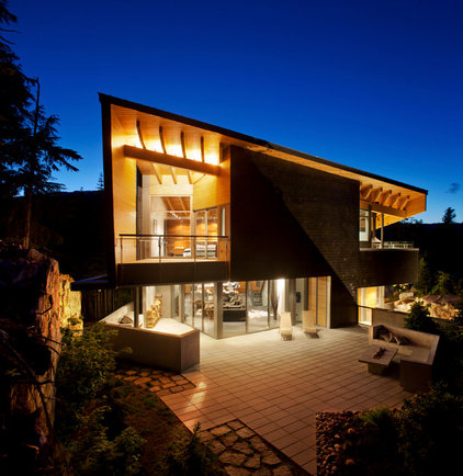Contemporary Exterior by BattersbyHowat Architects