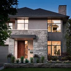 Contemporary Exterior by Roca Homes