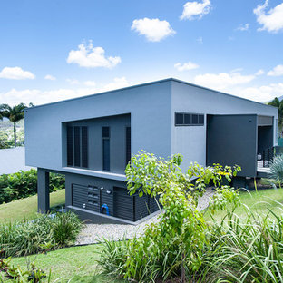 1950s exterior home idea in Cairns