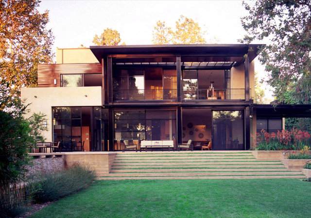 Modern Exterior by Studio William Hefner