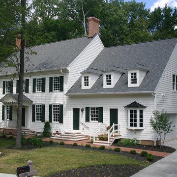 Williamsburg Colonial: Exterior