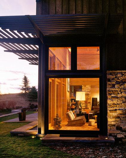 Rustic Exterior by Poss Architecture + Planning + Interior Design