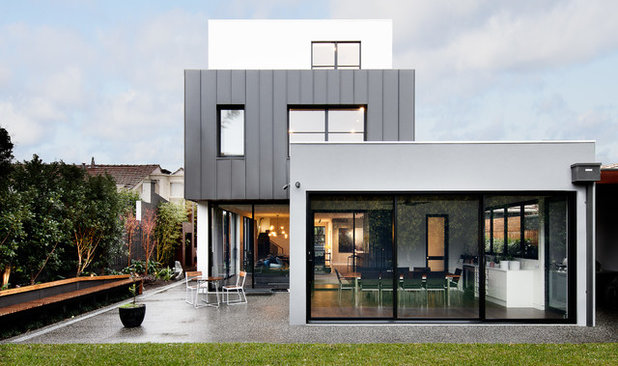Contemporary Exterior by Robert Harwood Architect