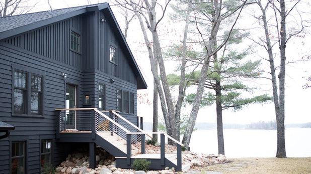 Transitional Exterior by Albertsson Hansen Architecture, Ltd