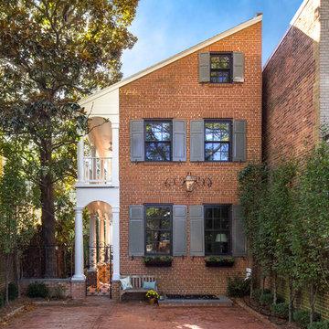 Wolfe Street Residence