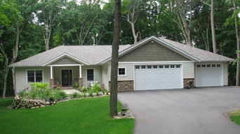 Wooded lot home design