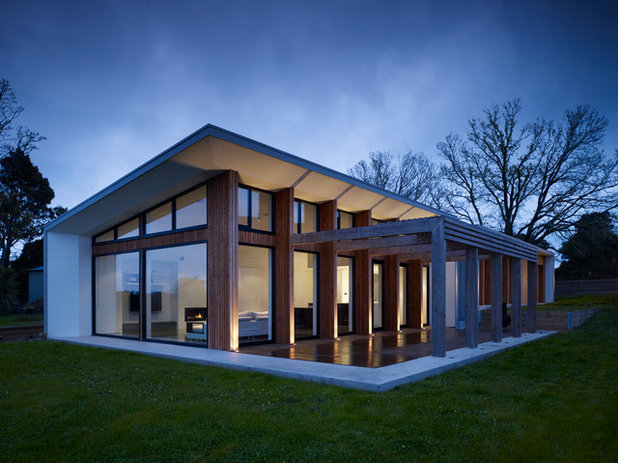 So you live in a pavilion style house for Modern house features