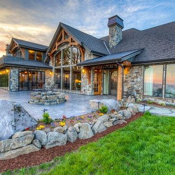 Woodland, WA Rustic Estate