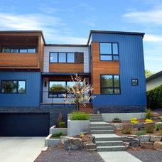Contemporary Exterior X-Line 014 front facade