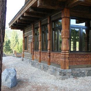 Example of a classic exterior home design in Sacramento