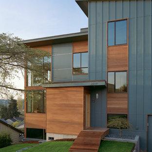 Diseño de fachada contemporánea con revestimiento de madera