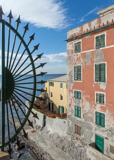 Mediterraneo Facciata by Bernard Touillon Photographe