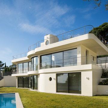 Eine spektakuläre Villa an der französischen Riviera: Die Fassade aus HI-MACS®