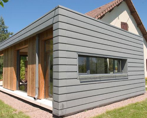 Stunning Cette Image Montre Une Petite Faade De Maison Grise Design De Plainpied Avec Un With