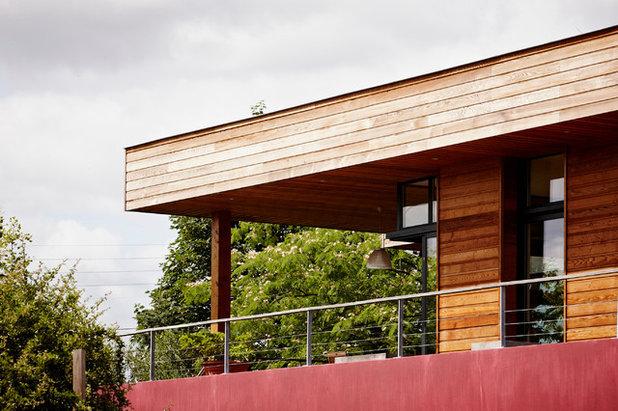architecture une extension s 39 enroule autour d 39 une maison bordelaise. Black Bedroom Furniture Sets. Home Design Ideas