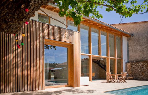 Façade by Architecture Environnement