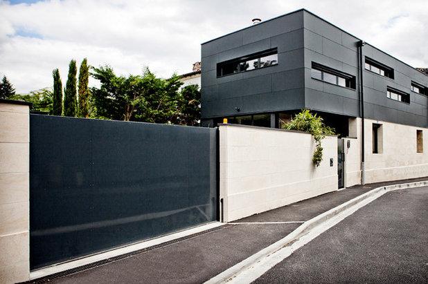 Visite priv e une maison raffin e tout en longueur bordeaux - Maison de ville taranto architecte ...