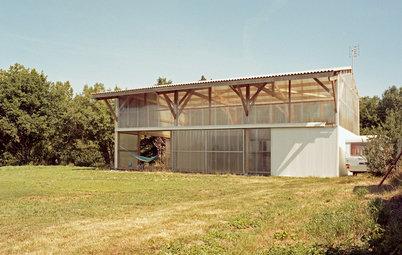 Architecture : Grand espace, petit budget dans une maison-hangar